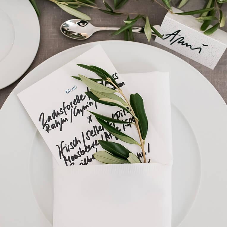 Papeterie für Abendeinladung