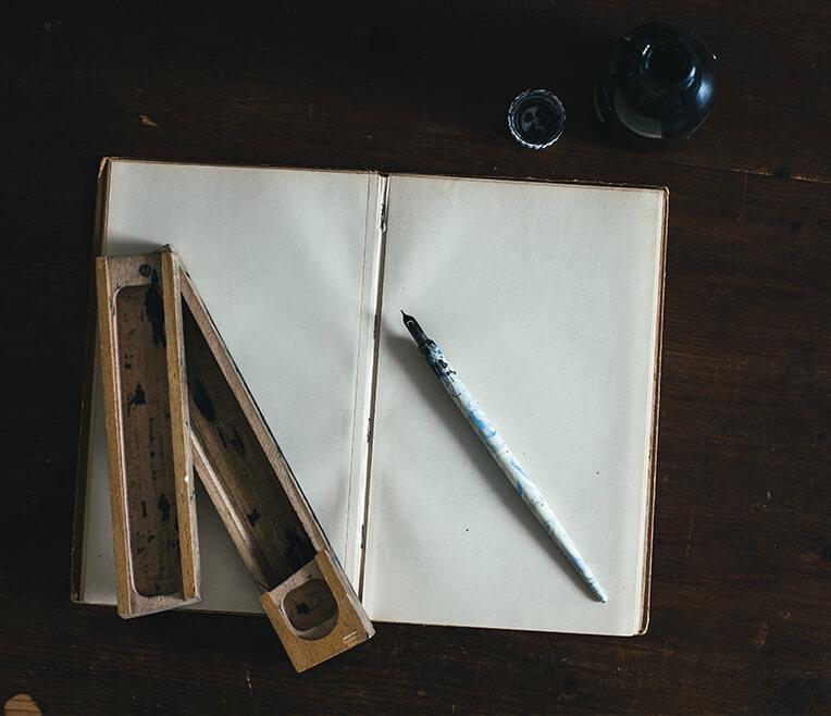 Tinte auf Papier: Die Geschichte des Schreibwerkzeugs