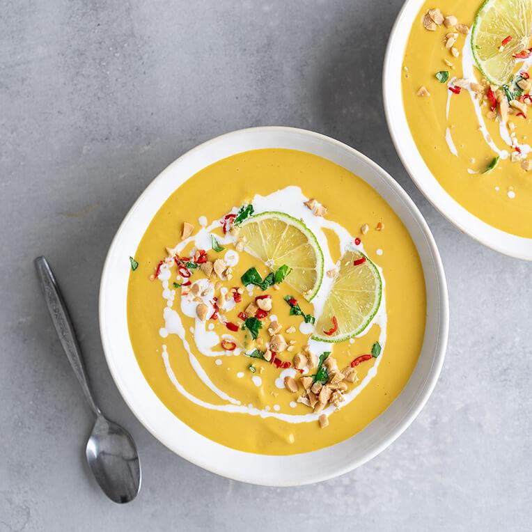 Rezept »Rote Thai Curry Suppe mit Süßkartoffel«