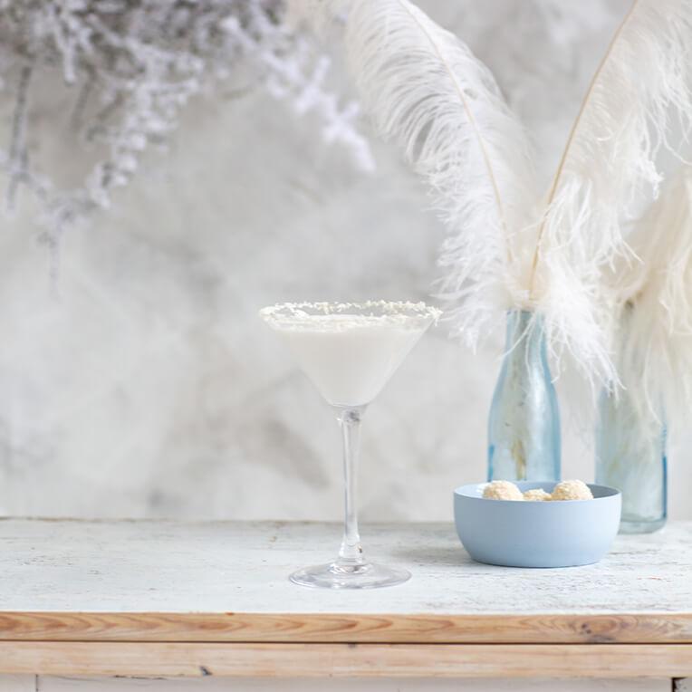 Cocktail-Rezept: »Weiße-Weihnacht-Martini«