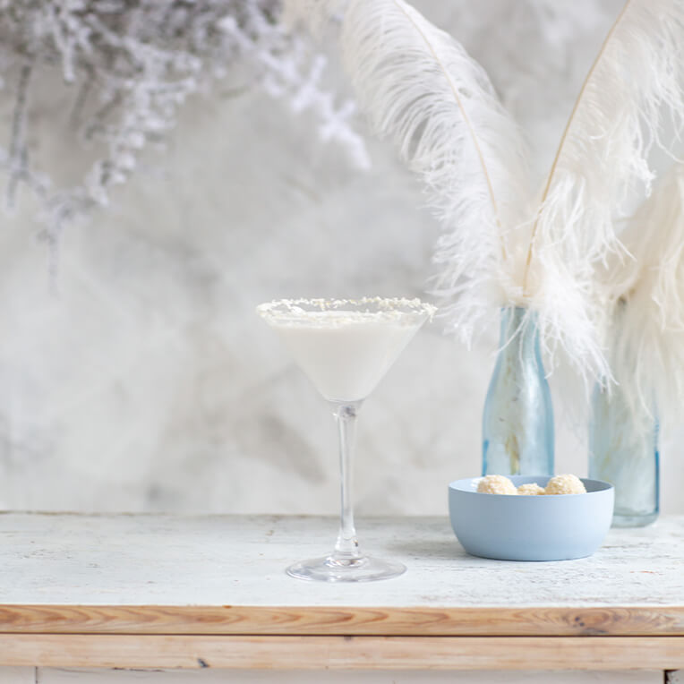 Cocktail Recipe: »White Christmas Martini«