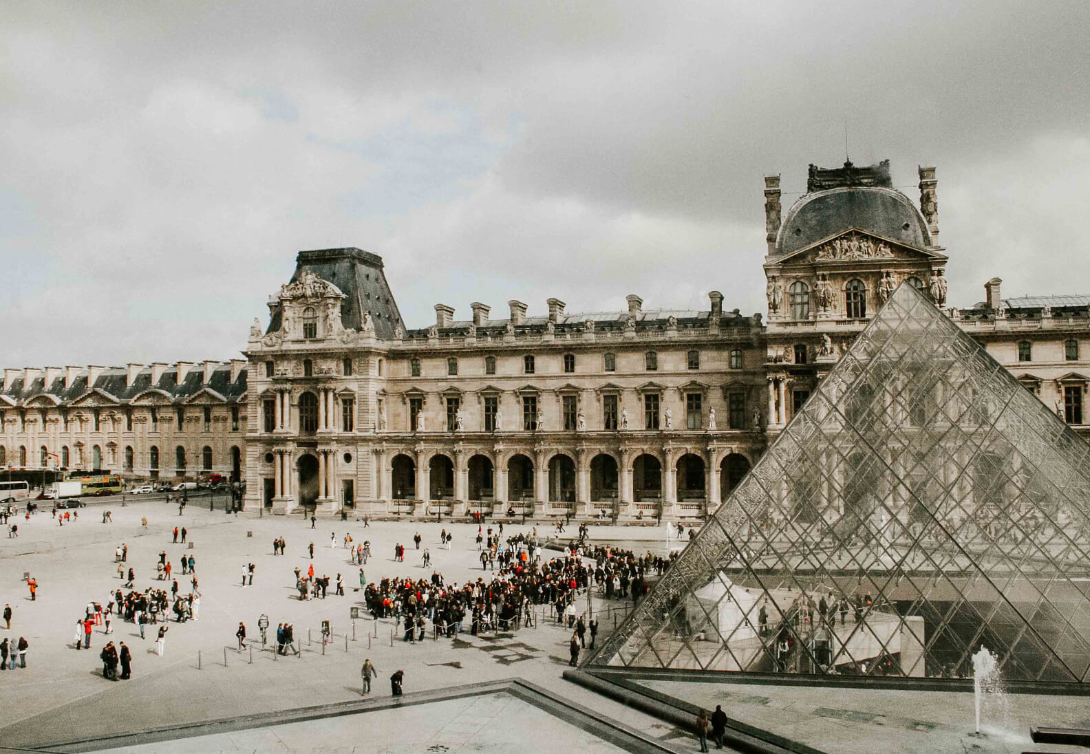 Digital Ladies Travel: Paris Reise Tipps bei Regen