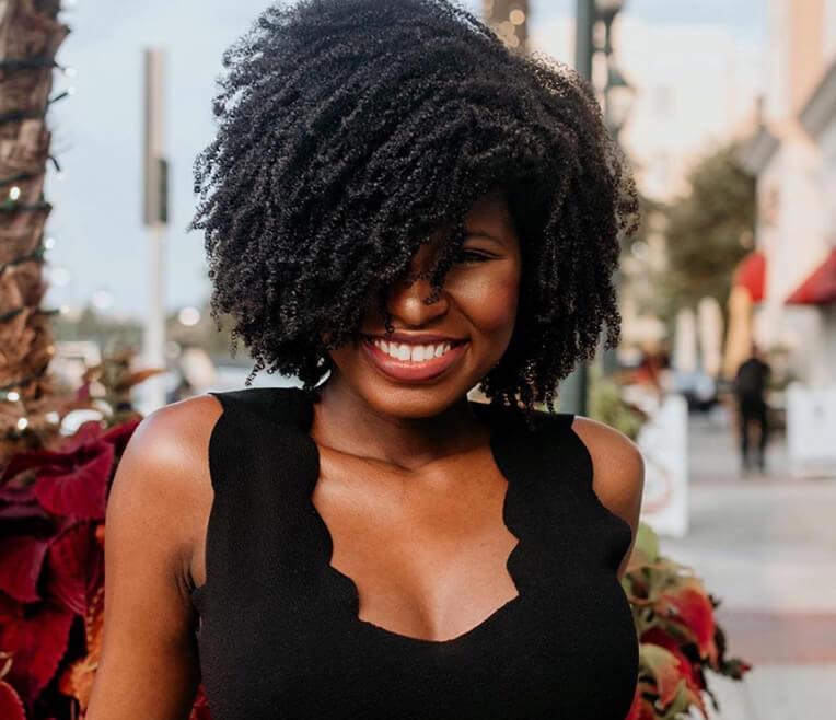 Instagram & YouTube Persönlichkeiten und die Natural Hair Bewegung