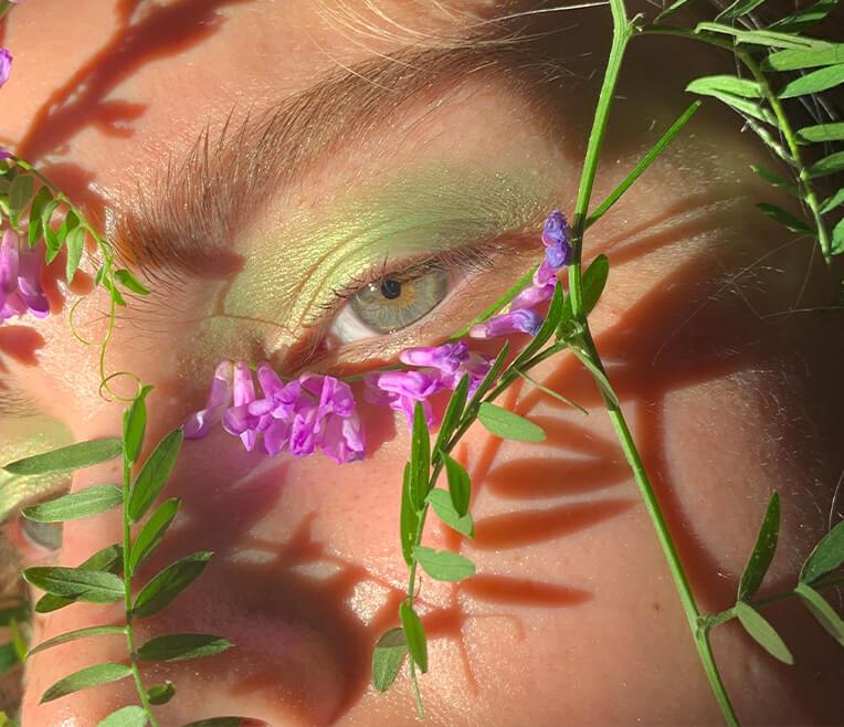 Blumenkunst und Dekoration mit Maria Luneva