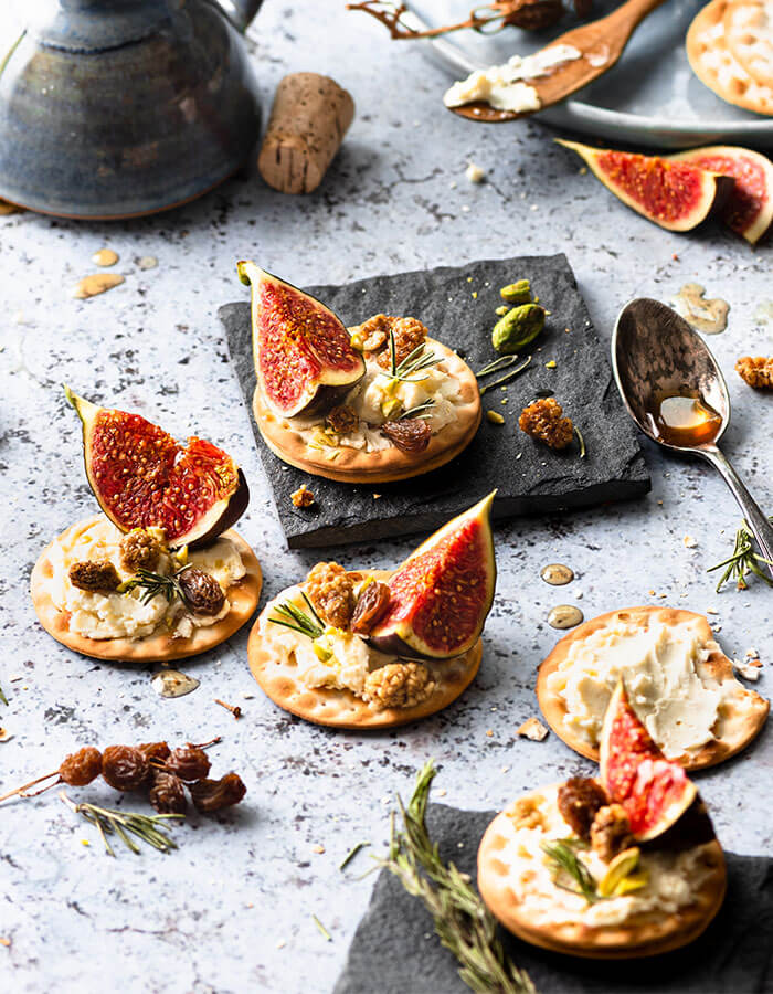 Recipe: »Cheese and fig canape«