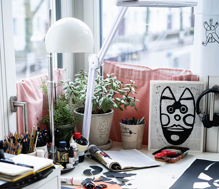 »Desk to Success« mit Künstlerin Bernadette Schweihoff