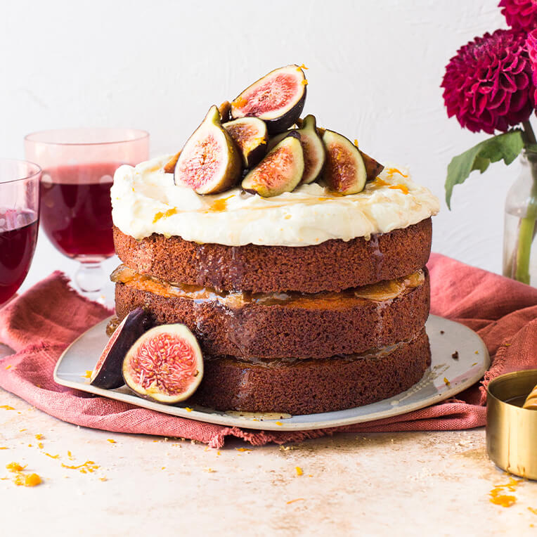 Recipe: »Orange Honey Cake topped with Figs«