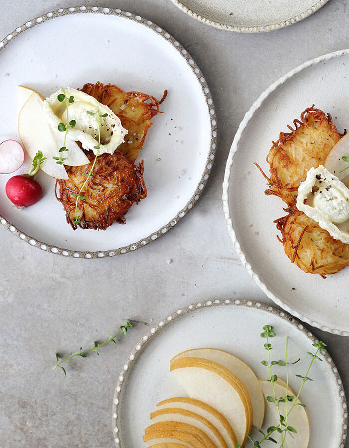 Recipe: »Latkes with Goat Cheese and Pear«