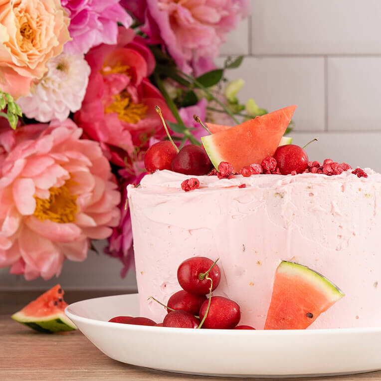 Recipe: »Vanilla Cake with Swiss Buttercream Frosting«