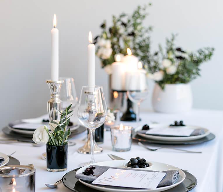 Geselliger Abend oder glamouröse Nacht – kleiner Guide für Firmenweihnachtsfeiern