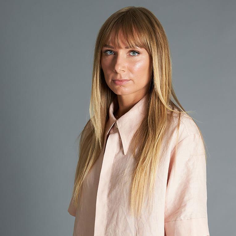 52-1 Box-cut linen blouse