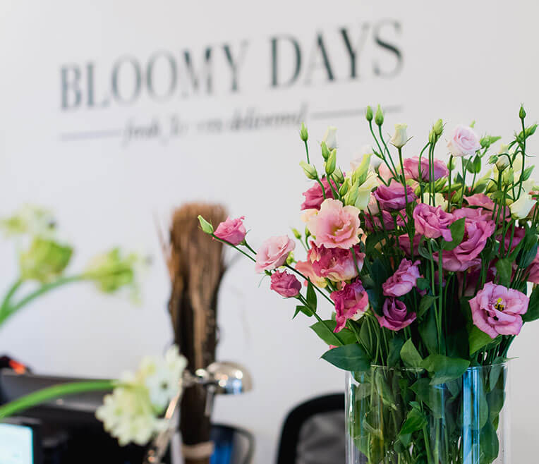 bloomy days stunning bloomy days with bloomy days entrance of bloomy days in berlin with. Black Bedroom Furniture Sets. Home Design Ideas